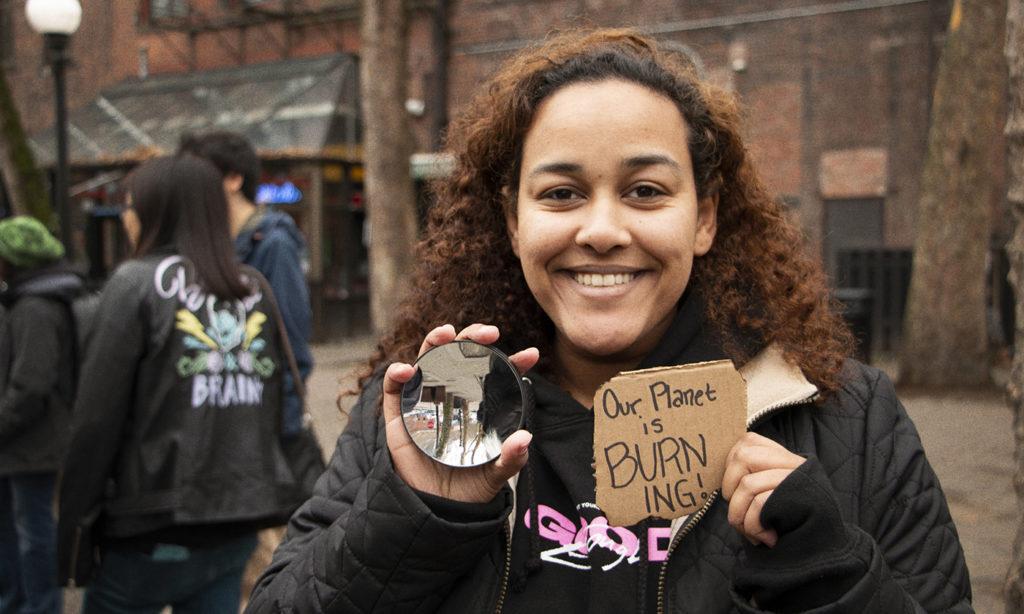 Climate change protests, hana abay.