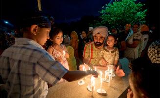 A Sikh prayer ceremony. Photo by Maryland GovPics.