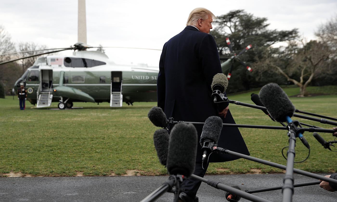 trump-leaving-white-house.jpg