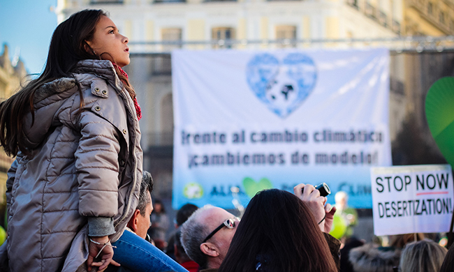 COP21: How to Ramp Down Fossil Fuels Fast—Without Leaving People Behind