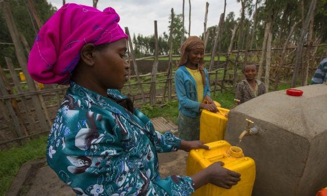 mari collecting water_650.jpg