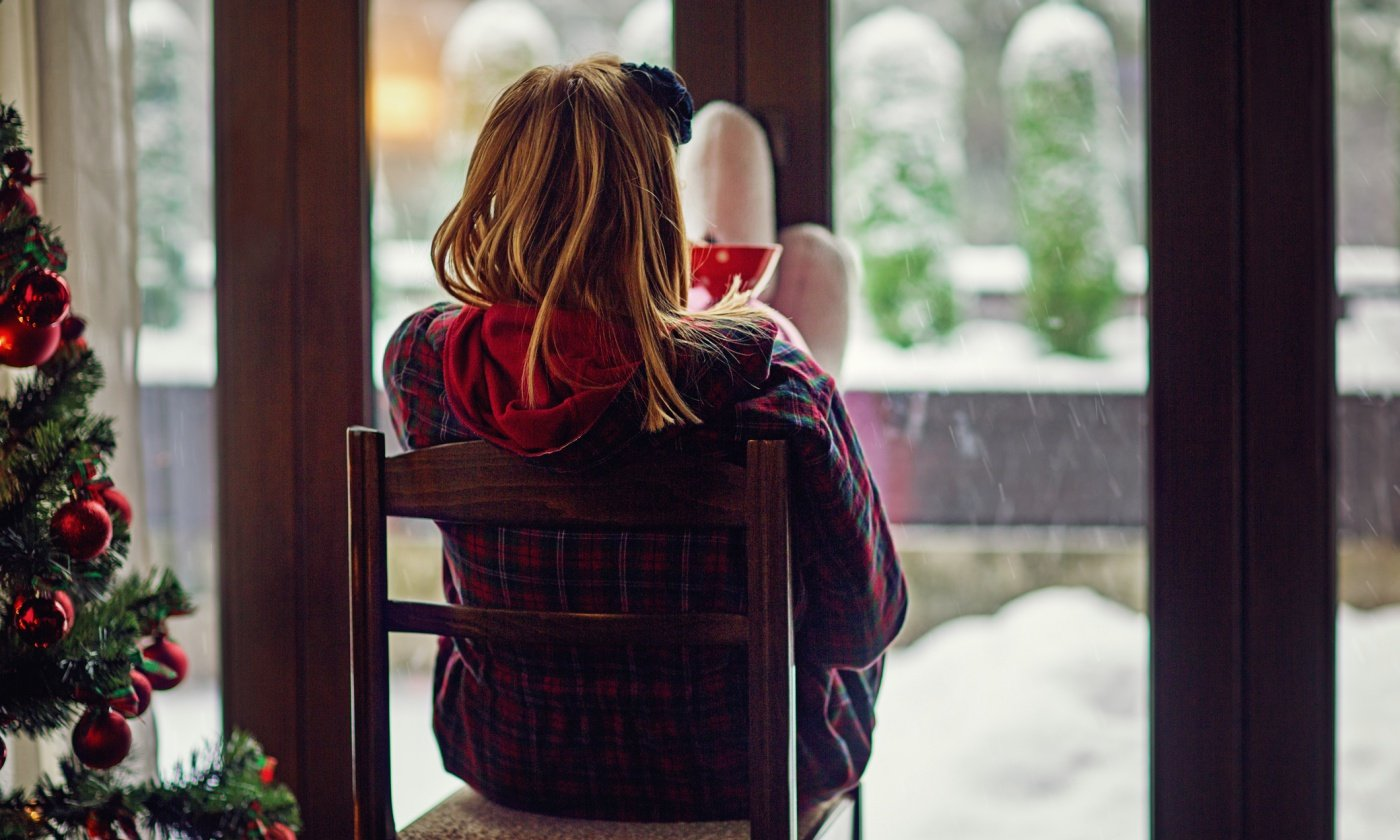 No, You Don't Need to Go to Holiday Parties If You Feel Lonely