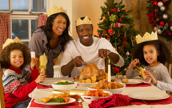 """When Christmas Dinner Gets Uncomfortably Political, These Cues From """"House of Cards"""" and Other Shows Can Help You Out"""